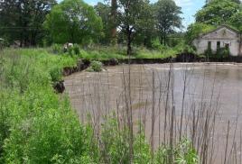 Администрация Хасанского района разрабатывает варианты спасения села от реки